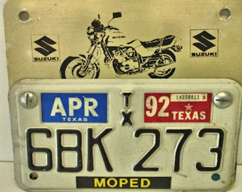 1992 Motorcycle License Plate and Suzuki License Plate Topper