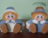 Pilgrims,  Couple, Thanksgiving, Pilgrim couple, wood,  handpainted, 3-D, shelf sitters