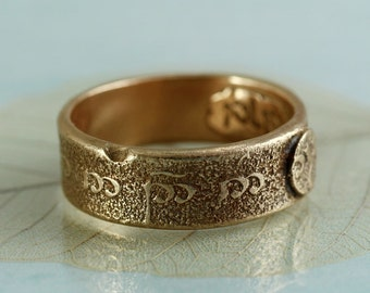 Elvish Script Band Ring in Golden Bronze - Rustic Treasure - Your Size