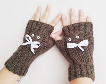 Owl and Bow  Fingerless Gloves Armwarmers Hand Knit Chic Winter Accessories Winter Fashion, CHRISTMAS GIFT
