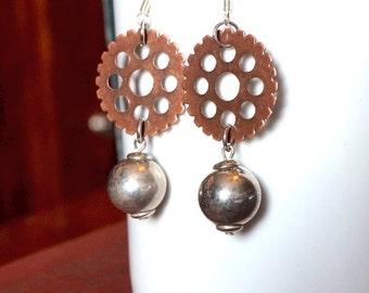 steampunk Earrings, Steampunk Jewelry, Gear Jewelry, Dangle and Drop Earrings, Gear Earrings, Victorian Jewelry,