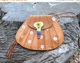Hippie Leather Purse - Re-purposed Leather Purse - Flower Leather Bag Purse - Flower Girl - Hippie