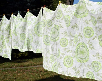 Vintage Curtains, Set of 3 Mid Century Floral Curtains, Retro Green Floral Pattern Cotton Mix Curtains, Light Weight Drapes Green Accents