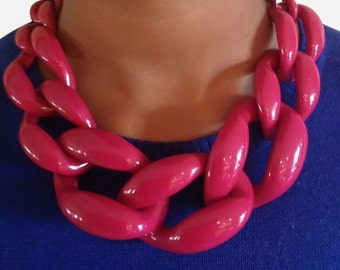 Chunky Link Necklace Berry
