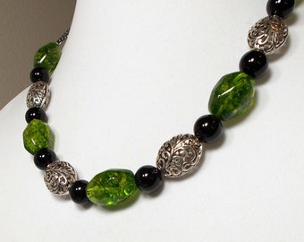Emerald Crystal With Black Agate Stone And Silver Oval Bead Necklace Chunky Emerald Crystals With Silver Filigree Ovals Necklace
