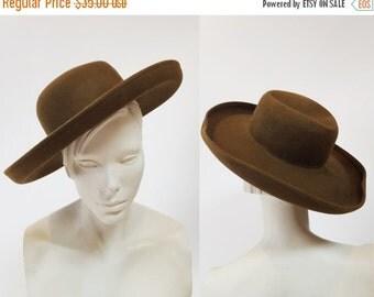 SHOP IS AWAY --- 1980s Army Green Wide Brim Wool Safari Hat