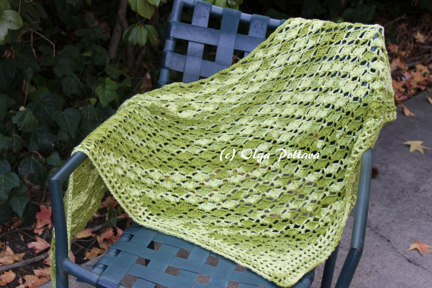 Avocado green shawl crochet pattern prayer shawl easy zoom bankloansurffo Image collections
