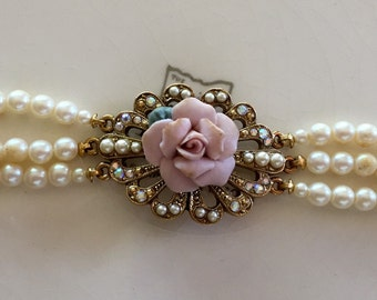 Vintage 1928 pearl choker necklace