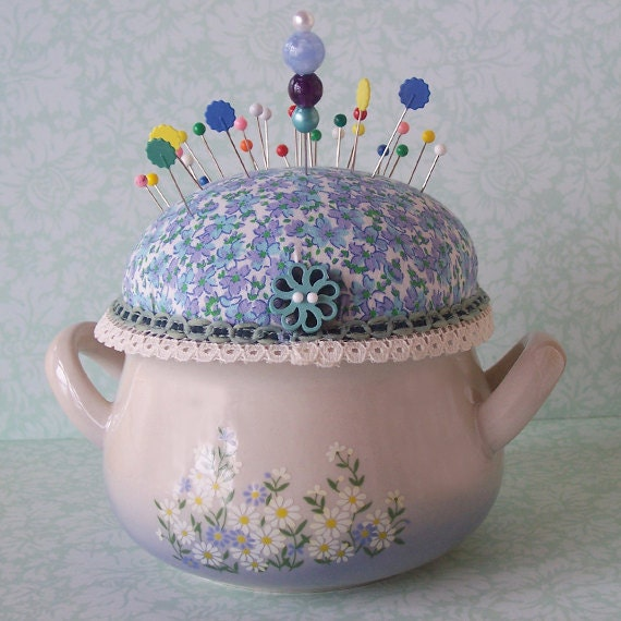 how to make a pincushion in a cup