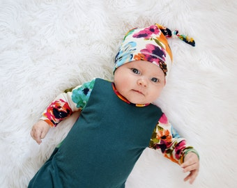 Girls floral hat. Newborn knot hat. Super soft and stretchy fabric. Multi colored. (Lippy brand, lippybrand, lippybaby)