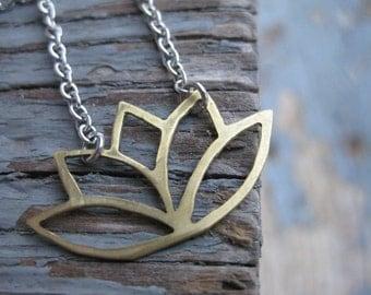 Lotus Flower Necklace / Yoga Lotus Necklace / Lotus Flower Necklace / Yoga Necklace