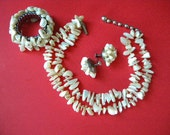 Vintage 3 Piece Cream MOP Shell Bead Cluster Necklace Set