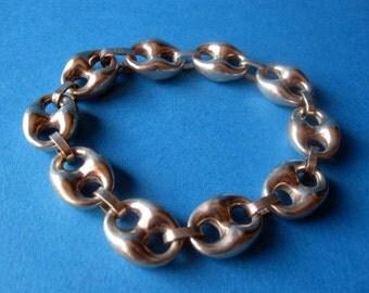Vintage Silver Design Bracelet.