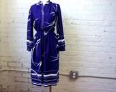 Secretary Dress Vintage 1970s Purple Dress Womens MEDIUM Long Sleeve Shirtwaist Dress 70s Disco Dress Abstract Print Dress The Kollection US
