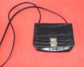 Vtg 70s MINI Genuine LEATHER Croc Embossed Black Crossbody Bag