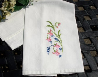 Tea Towel, Guest Towel, Embroidered Towel, French Country Embroidered Towel, hand embroidered, 1960s kitchen towel, Kitchen linen