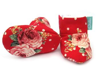 Fabric Baby Booties, Fleece Baby Booties, vintage rose print red, Stay on booties, warm booties, New Baby Girl Gift, Fleece Lined, Boots