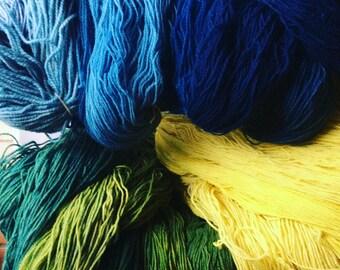 organic wool yarn indigo/goldenrod overdyed, green from the dye vat, 2016!!