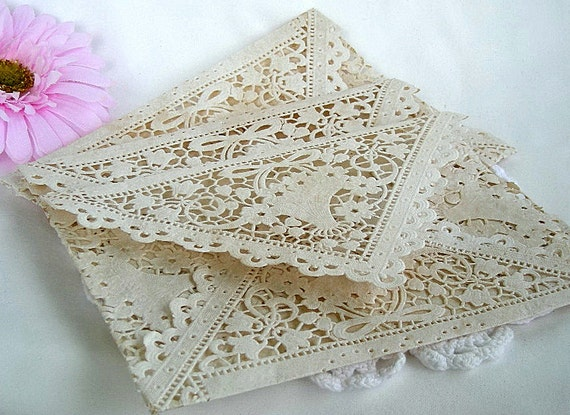 where can i buy paper doilies I need to buy doilies (not sure how to spell it) but they are those little while lacy paper things where can i purchase them at thanks.
