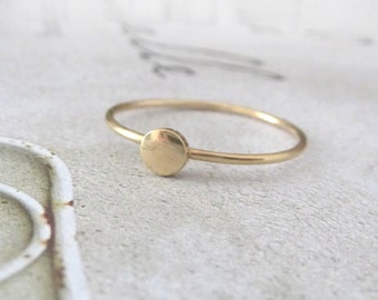 9ct yellow gold stacking ring - Orbit Collection