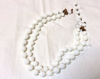 Vintage Facteted White Milk Glass Necklace, Signed Castlecliff Necklace, Double Strand Milk Glass Necklace, 1950s, Vintage Wedding Jewelry