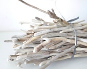 100 Driftwood Thin Pieces -- Driftwood Twigs for Decor, DIY projects, Favors -- Natural Aegean Wood Finds