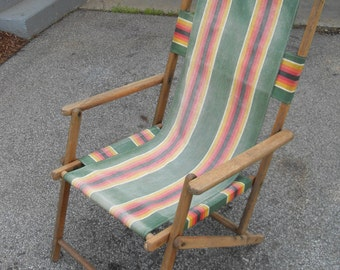 Vintage  Sling Back Deck Chair - Lawn Chair - Beach Chair