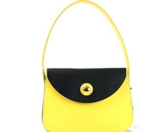 11″L x 8″W x 4″D Handbag Italian Vegitable Tan Leather Shoulder bag, hand stitched, American made