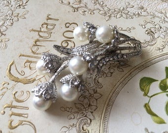 Victorian pearls and rhinestone crystals brooch pin, pearls brooch, engaged, bridesmaids gift, wedding brooch, bridal dress, statement pin