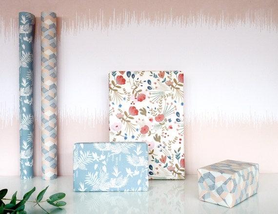 wrapping paper fleurs folk papier cadeau fleurs folk from seasonpaper on etsy studio. Black Bedroom Furniture Sets. Home Design Ideas
