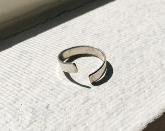 Twist Ring - Sterling Silver Open Band