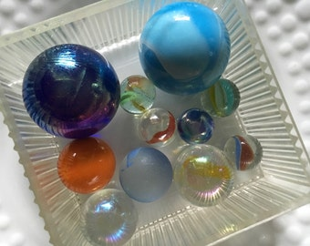Art glass marbles in vintage box #1