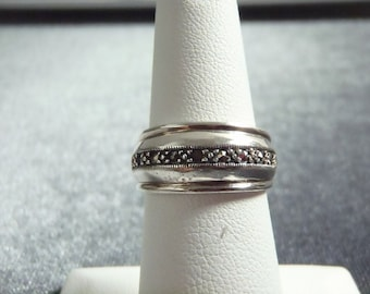 Sterling Silver Marcasite Band Ring Sz 6 R228