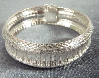 Sterling Silver Fancy Bracelet B44