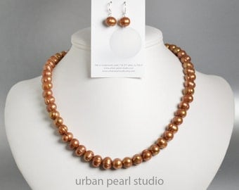 UT Burnt Orange Necklace, Freshwater Pearl Choker Necklace, Baroque Pearl Necklace Earrings Set, UT Longhorns Jewelry, Simple Pearl Necklace