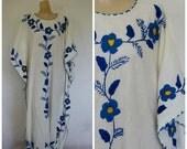Sale Mexican Maxi Dress / Mexico Caftan / Vintage Mexico / Vintage Caftan / Bohemian Caftan / Blue Embroidered Caftan