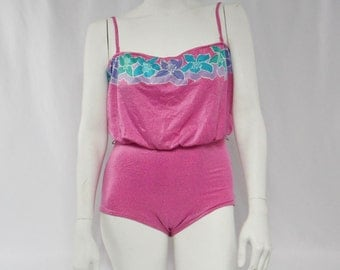 1980s Stewart pink slouch top ladies bathing suit