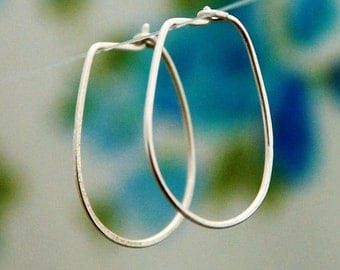 Hoop earrings, silver sterling hoops, silver hoop, simple earrings, small hoop earrings, modern simple earrings