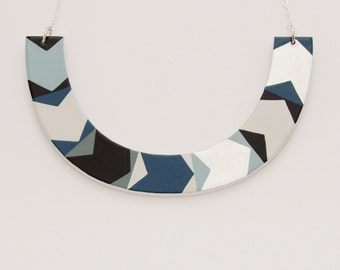 Necklace ARROW. Large Model. Laquer Multicolor