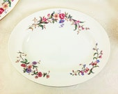 "Wedgwood ""DEVON SPRAYS"" 39cm Oval Serving Platter / Charger, Unused"