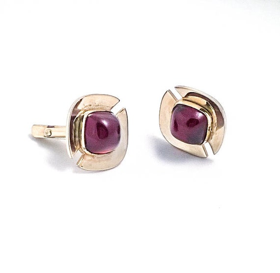 Vintage Gold colored Red ruby cabochon Anson Men's cuff links