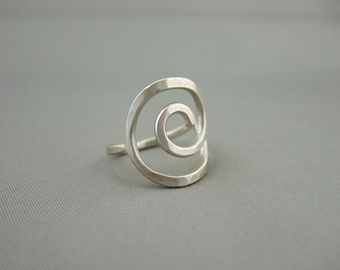 Thick Spiral Seashell Ring