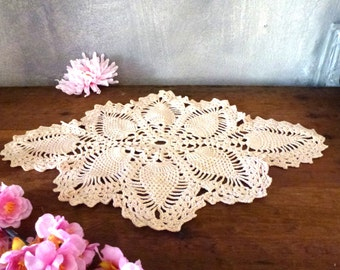 ecru crochet flower