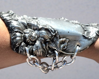 Antique Silver Goddess Nymph Flowers Petunia Floral Repousse Wide Cuff Bracelet Bracer Chivalry Spartan Gladiator Medieval Art Nouveau Armor