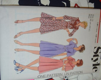 Vintage 70s Style 1514  Misses Dress and Scarf Sewing Pattern - UNCUT  Size 10 or Size 12 or Size 14 or or Size 16