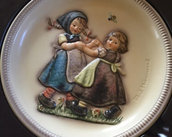 1980 Hummel Anniversary Plate - Bas Relief - Spring Dance - Mint Condition, Never Displayed