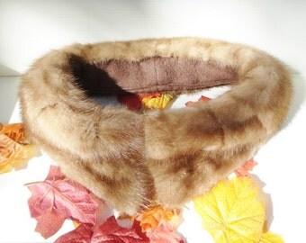 Vintage Brown Mink Collar in Excellent Condition