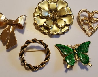 Vintage Gold Tone Lot Of Brooches