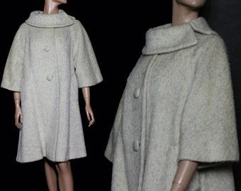 Vintage 1950s Swing Coat// Mohair//Lilli Ann//Bell Sleeves//Light Beige Coat//Collectable//