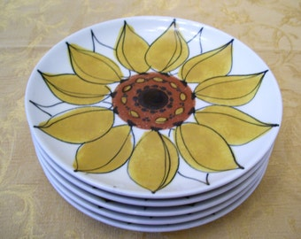 JUST REDUCED! Arabia Finland Salad Plate Sunflower Vintage